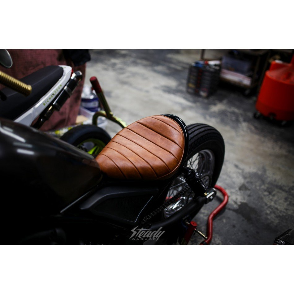 Steady garage x rogelios tnr hazel brown seat for Garage seat 78
